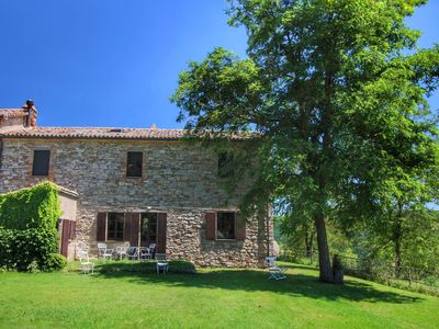 Photo for Tranquil Farmhouse near Centre in Umbertide with Garden