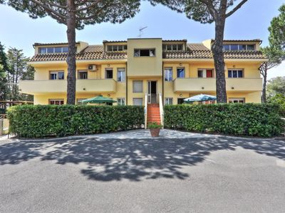 Photo for Apartment Riviera (CMR212) in Cecina - 6 persons, 2 bedrooms