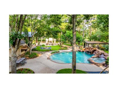 Photo for Ranch Resort Style Home, family friendly, close to Katy Malls, Water Park