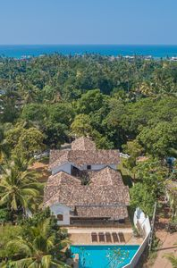 Beautiful colonial villa in private grounds.
