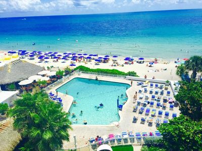 Condo On The BEACH! 5 star reviews!Newly Renovated, Large pool ,Near Cruise Port