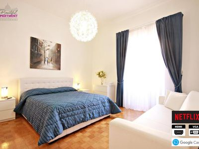 Photo for Beautiful Apartment in the heart of Rome St Peter