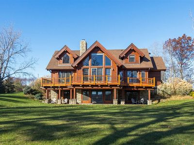 Lakefront Log Home with Amazing Views