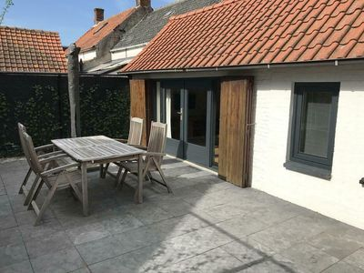 Photo for Cozy 3-4 person holiday home in picturesque village Graauw, Zeelandic Flanders