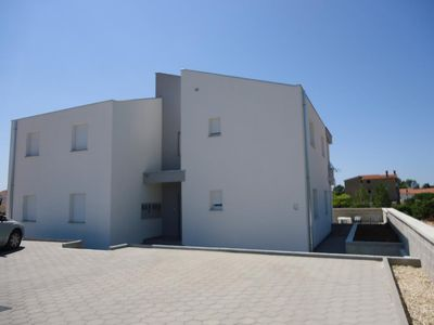 Photo for Apartment in Vrsi - Mulo (Zadar), capacity 4+2