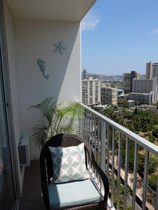 Photo for BEAUTIFUL WAIKIKI OCEAN VIEW STUDIO WALKING DISTANCE TO BEACH/SHOPS/RESTAURANTS