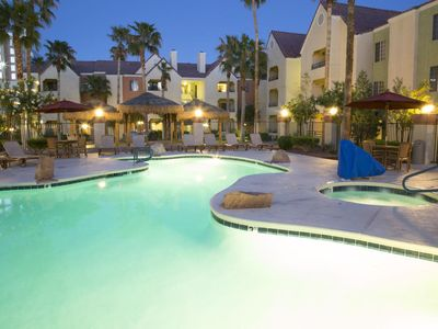Photo for *Lux Resort 1bd Villa*10 min walk to Sands Convention Ctr*Pool/Spa/Gym