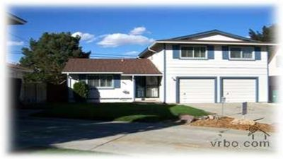 Photo for BEAUTIFUL TWO LEVEL HOME LOCATED NEAR CONVENTION CENTER AND ATLANTIS CASINO