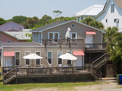 Salty Shack Unit B - Salty Shack - Dog Friendly Home  - Across from the Beach - Central Location!