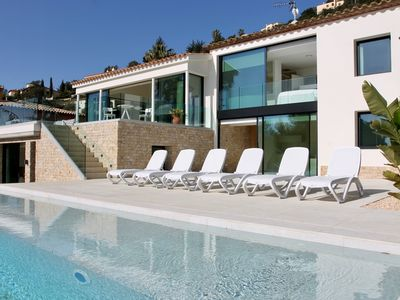 Photo for Villa la Dolça with infinity pool, free WIFI, Air Conditioning and seaview.