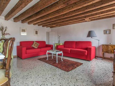 Photo for Wonderful apartment Rialto 2 steps from San Marco
