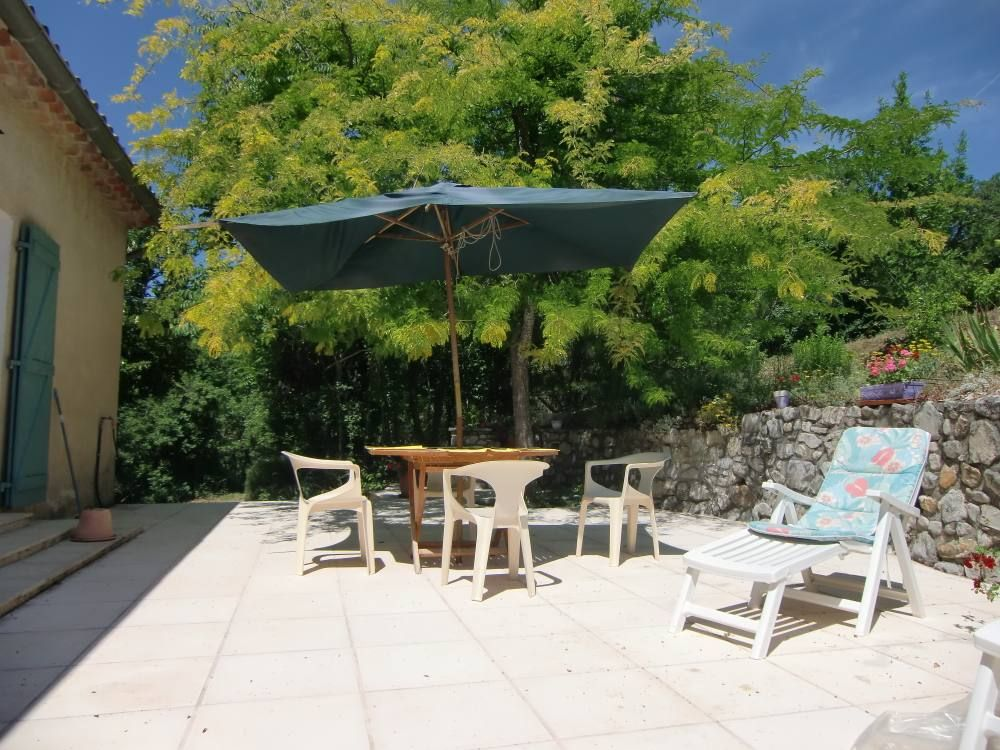 Best terrasse provencale images awesome interior home satellite - Maison provencale ...