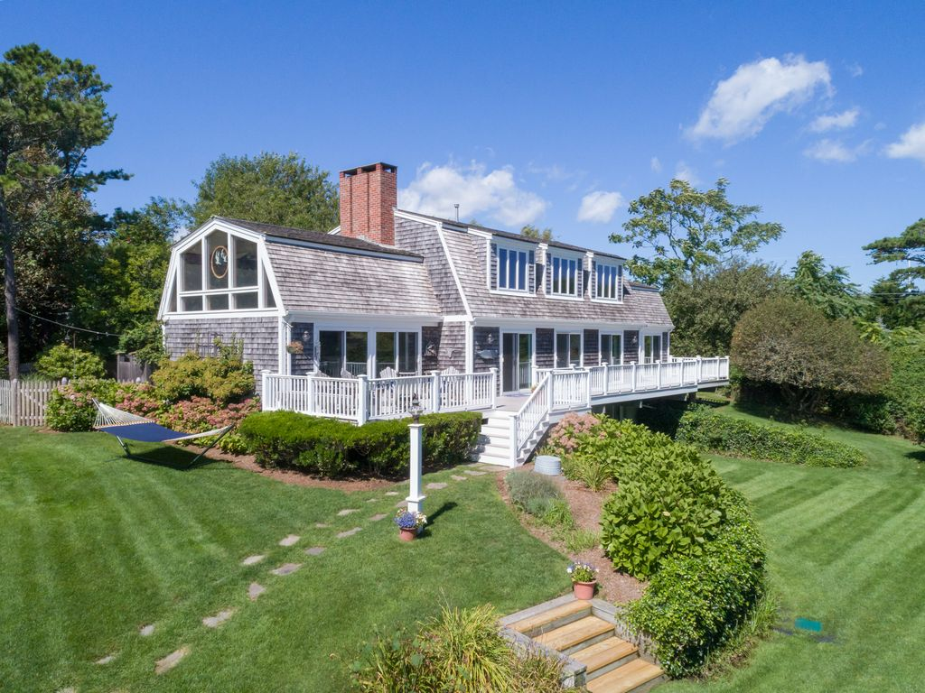 Stunning Family-Friendly 7 bed - Walk to Ch... - VRBO