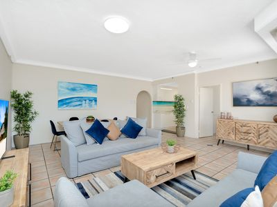 Photo for Central Surfers 3 Bed Premium Beach Front Retreat