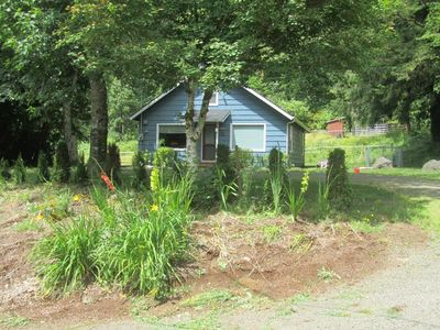 Wilson River fishing/equestrian comfy coastal cottage, w/6 paddocks