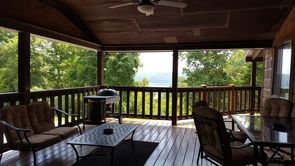 Photo for 4BR House Vacation Rental in Celina, Tennessee