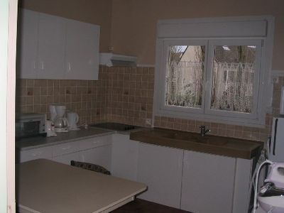 Photo for Quiet apartment close to Paris (RER access at 5 minutes)