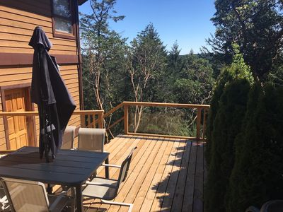 Photo for Happy Valley 3BD Retreat **20% Discount for 55+**