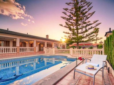 Photo for VILLA CHABELA. Villa for 6 people with 3 bedrooms in Bahía Grande (Mallorca). Ping Pong and playground. Satellite TV. -00051- - Free Wifi