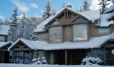 Photo for Stoneridge #27  2 Bed Townhome, Very Close to Ski Access, Private Hot Tub