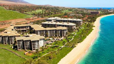 Photo for Ocean View Family Resort Located on the sandy shores of Maui beach.