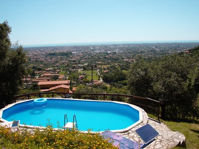Photo for Villa with private pool, 5 minutes drive from the beach of Forte dei Marmi.