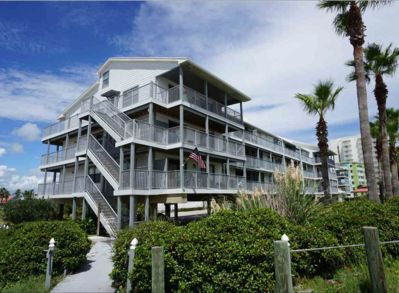 Beach Side Gulf View 100 Feet From The