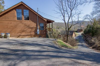 Parking area and entrance to Hearts Ease Cabin