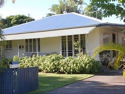 Wilks House: Your Cairns Holiday Home. Spacious & Comfortable