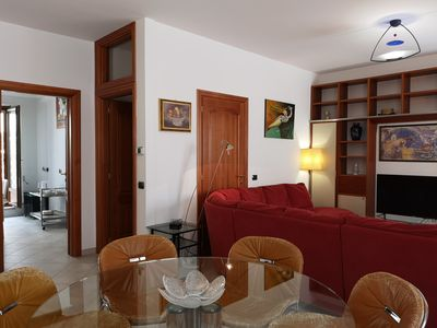 Photo for Comfortable and very central apartment on the ground floor