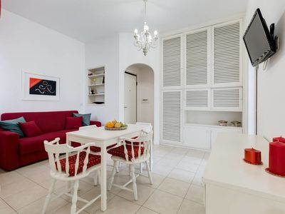 Photo for Modern 2bed flat 15 mins from the city center