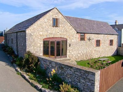 Photo for THE GRANARY, family friendly, with a garden in Pen-Y-Cefn, Ref 4507