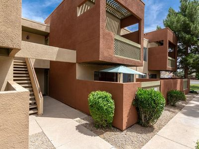 Photo for Great Location! 2BR/2BA Condo In Old Town Scottsdale!