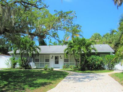 Photo for Pelican Place Gulfport