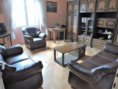 Photo for Large 95 m2 apt., 3 min walking to Bacvice beach