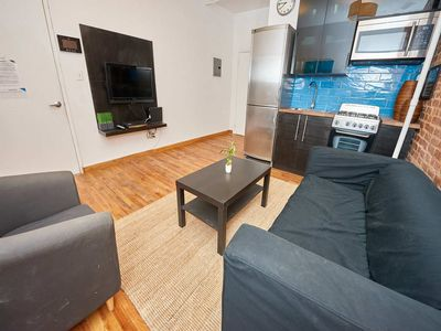Photo for 3 Bedroom Spacious Loft, Soho - Three Bedroom Apartment, Sleeps 6