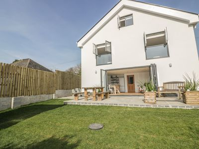 Photo for THE BEACH HALT, family friendly in Perranporth, Ref 939346