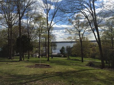 Beautiful view of Lake Barkley.  Close to boat ramp and restaurant.