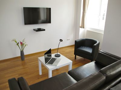 Photo for 5* Top class, Newly renovated, bright, quiet apartment next to belvedere garden