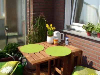 Photo for Lovingly decorated and quiet guest apartment with balcony