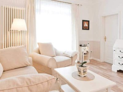 Photo for Apartment 5 - Möwennest | 35 sqm, max. 2 pers. - Villa Granitz | Comfortable apartments in the beach style near the beach