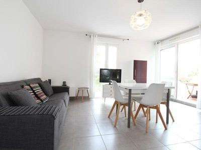 Photo for Apartment Balaruc-les-Bains, 1 bedroom, 2 persons