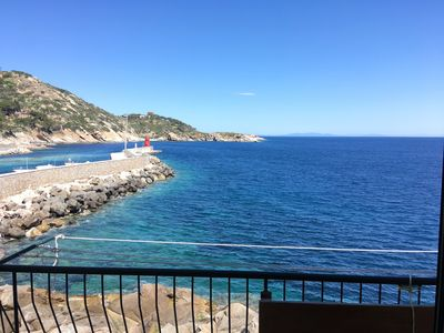 Photo for Apartment by the sea, next to the Torre del Saraceno, well ventilated