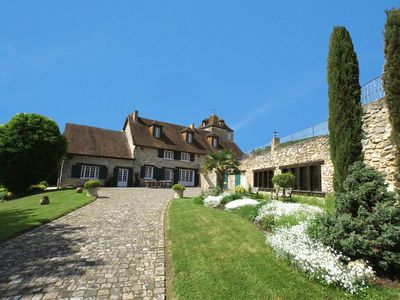 Photo for Beautiful property of charm in the vineyards of champagne, swimming pool, tennis