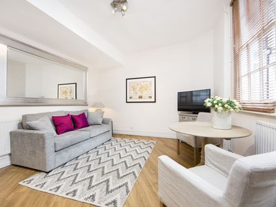 Photo for Gloucester Place Mews 15 (DESTINATION LONDON) Dedicated Team, Wifi, Airport Transfer