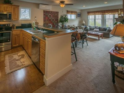 Hawks Peak 203--- Last Minute 10% Discount, Close to High Country Attractions, Entry level, Grandfather Mountain View, community tennis courts and playground - Last minute Discount available- discount included in online quote