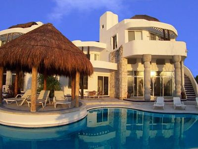 Photo for Oceanfront Villa with Pool. Cook Service Option. Spectacular Views