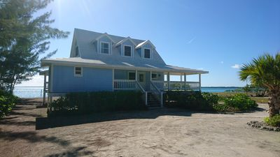 Photo for TREASURE CAY - In front of the lagoon ! Pool, very quiet, A/C, wifi