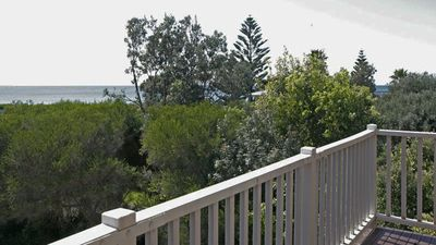 Photo for OUTLOOK 4: 4/9 Narira Street- Quiet & cosy. Walk to beach, shops & Cafes
