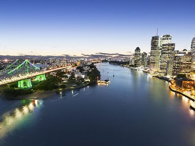 Photo for 1 Bedroom + Study (RP BS) - Absolute waterfront views of Brisbane River/Storey Bridge and CBD skyline